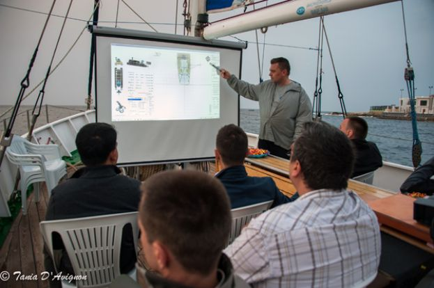 Malta 2015. Demonstration of Wireless Underwater Acoustic Video Communication Channel